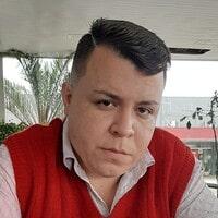 Dr. Cristiano Macedo Engel